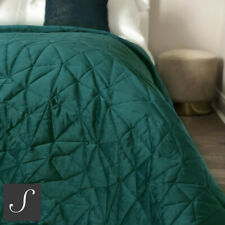 Luxury Velvet Double / King Size Dark Green Quilted Bedspread Throw Geometric