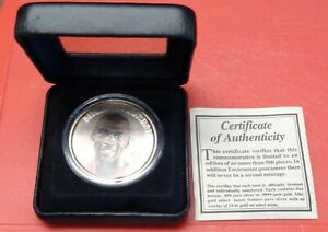 MICHAEL JORDAN BULLS 1 OZT .999 FINE SILVER W/ OVERLAY ROUND ENVIROMINT COIN