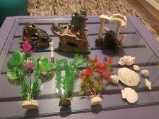 Fish Tank Aquarium Decorations Resin Plants Rocks Wreckage Shells Accessories