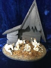 Vintage Christmas Fontanini Nativity~Italy~Lighted Wooden Stable~White Plastic