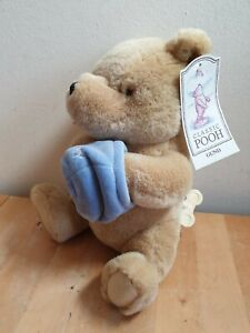 """Gund 7922 Classic Pooh Musical Wind Up Plush bear toy Honey Pot 9"""" with Tag"""