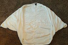 New York and Company Batwing Shawl Sweater Vest Ivory Cream Size: M EUC