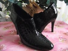 RUSSELL & BROMLEY BLACK CROC PATENT LEATHER HIGH CUT COURT SHOES S. 40.5 / 7.5