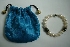 NEW PEARL (FRESHWATER?), JADE (?) & DIAMANTE BRACELET WITH DRAWSTRING POUCH