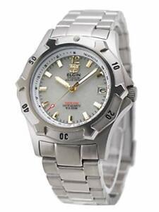 Domestic Genuine] Elgin Elgin Solar Diver Watch Titanium (Ti) Made 20 Atm Water