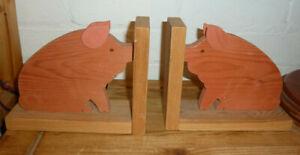"""Handmade Wooden Pig Bookends - Stand 16.5cms (6 1/2 """" ) Width 20.5cms ( 8"""" )"""
