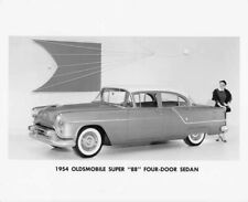 1954 Oldsmobile Super 88 Four-Door Sedan Press Photo 0049