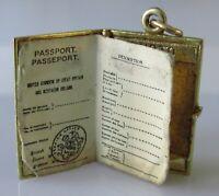 9ct Gold Charm - Vintage 9ct Yellow Gold Old Fashion British Passport
