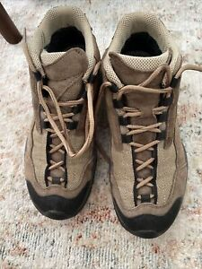 Womens Scarpa hiking boots size EU 39 goretex with vibram soles