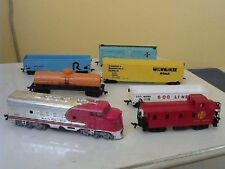 Bachmann Original HO set of 6 cars and Sante Fe Locomotive w/power supply & more