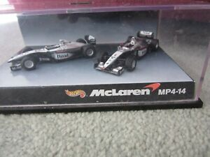 Mika Häkkinen & David Coulthard 1:64 McLaren Mercedes MP4-14 F1 1998 Hot Wheels