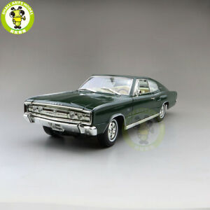 1/18 1966 DODGE CHARGER Road Signature Diecast Model Car Toys Boys Gifts Green
