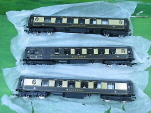 Hornby Orient Express Pullman coaches Lucille, Agatha, Car 88 - Mint Unused