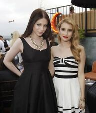 "Emma Roberts & Michelle Trachtenberg in a 8"" x 10"" Glossy Photo tunka"