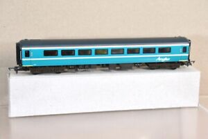 AIRFIX RE PAINTED ANGLIA RAILWAYS MK2 2nd CLASS COACH D 5927 nt