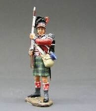 King & Country Napoleonic NA49, 42nd Black Watch Highlander Standing At Ready