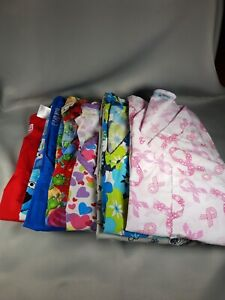 Small Scrub Top Lot Bundle. 8 scrub tops of various brands-See pictures.