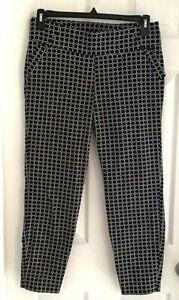 Soho Womens Leggings Size Large Black White Cropped Geometric Stretch Pull On