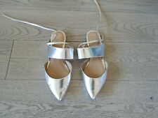 Banana Republic Hello Sole Mate Flats Silver Leather, Ankle Straps; Size 7.5M
