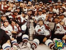 COLORADO AVALANCHE 2001 Stanley Cup CELEBRATION ON ICE 8X10 PHOTO