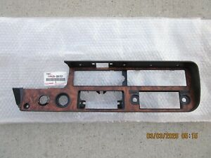 FITS: 81 - 83 TOYOTA PICKUP DLX SR5 DASH INSTRUMENT PANEL BEZEL TRIM OEM NEW