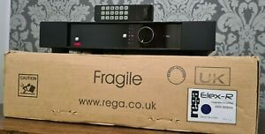 REGA ELEX-R INTEGRATED AMPLIFIER WITH PHONO STAGE & REMOTE Exc CONDITION IN BOX