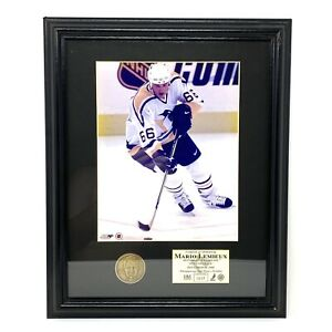 The Highland Mint NHL Mario Lemieux Photograph And Solid Bronze Medallion