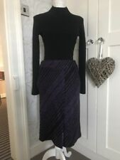 BNWT Versace Skirt In Purple & Black Woollen Like Material Size U.K. 10-12