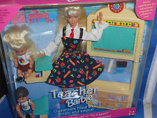 ♥ NRFB Mattel 1995 Teacher Schulspass Barbie Lehrerin + 2 x Baby spricht + Sound