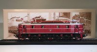 New 1:87 HO Scale Urban Rail Trolley E19 12 (1940) Train Plastic Display Model