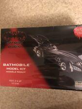 BATMOBILE REVELL 1/25 MODEL KIT from BATMAN & ROBIN SERIES 1997 #85-6724 Sealed