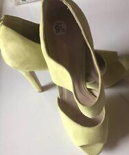 Women's BCBGeneration Stiletto Heel Sandal Faux Suede Mint Green Peep Toe Sz 9.5