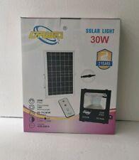 Spot LED 30W Spot lampe Extérieur avec Panneau solaire 30W + télécommande