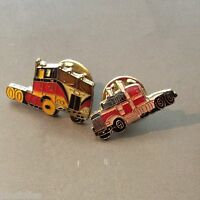 Pin's Folies *** Voiture car automobile  2 pins Truck camion
