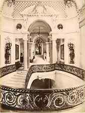 France, Chantilly, Château de Chantilly, L'Escalier d'Honneur et le Ve