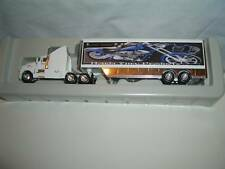 "KENWORTH SEMI  LOW AND MEAN  HONDA TRAILER""WHITE"" 1:87"