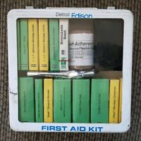 Vintage The Detroit Edison Electric power Company utility METAL FIRST AID KIT
