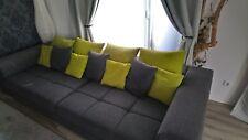 Big Sofa: grau/grün , 1. Jahr alt , aus Platz Gründen zu verkaufen. VB