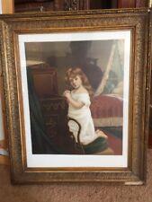 Vintage Impresión que representa una joven en la oración antes de sueño-En Dorado Gess dañado