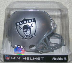 Oakland Raiders NFL VSR4 1963 Throwback Replica Mini Football Helmet Riddell