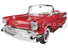 1957 CHEVROLET BEL AIR CONVERIBLE RED 1:18 MODEL CAR BY ROAD SIGNATURE 92108