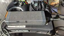 XBOX 360 Konsole mit defektem CD-Laufwerk (mit zwei defekten Controllern)