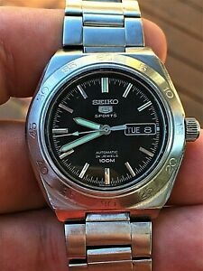 Men's SEIKO 5 SPORTS 100M AUTO 4R36 24 JEWELS GLASS BACK STAINLESS STEEL Watch