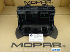 Fuse Relay-Distribution Box Jeep Wrangler JK 2008 4692236AK New OEM Mopar