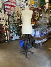 Global Model Dress form Size 8 (pre-owned)
