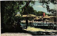 CPA Marseille-Le village Lacustre á l'Afrique occidentale Francaise (188998)