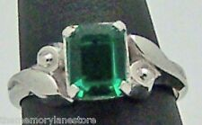BEAUTIFUL VINTAGE ESTATE GREEN GLASS STERLING SILVER RING by VARGAS, SIZE 7 or O