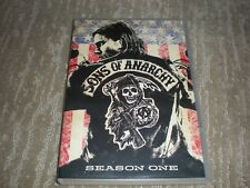 Sons of Anarchy Season 1-4 disks Katey Sagal, Charlie Hunnam, Ron Perlman
