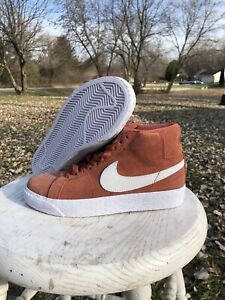 New Nike SB Zoom Blazer Mid Dusty Peach Suede 864349-201 Size Women 6 Men 4.5