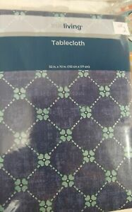 Table Cloth 52 X 70 Inches Vinyl New Choice Floral Leaves  Seasonal